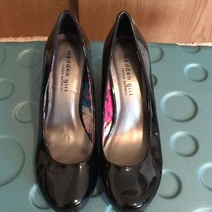 NWOB Steve Madden Black Patent Leather Heels Sz 8